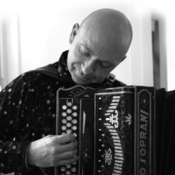 HistoireS d'accordéon